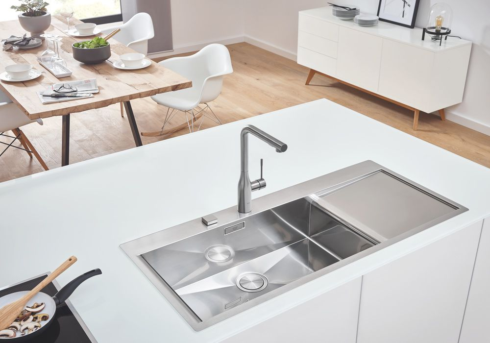 Relativ GROHE: Premium-Spülen - Ihr Sanitär- und Elektroinstallateur aus TI46